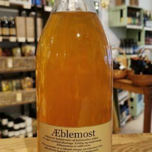 Æblemost i glasflaske - Sidinge Plantage