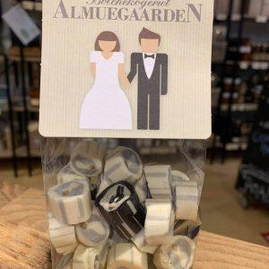 Brudepar bolcher fra AlmueGaarden